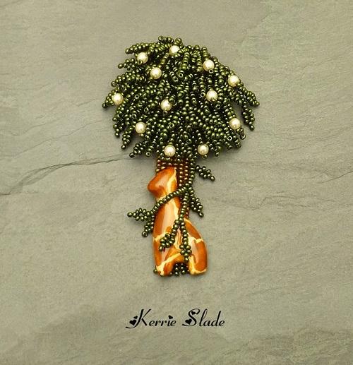 kerrie slade kazuri giraffe tree brooch